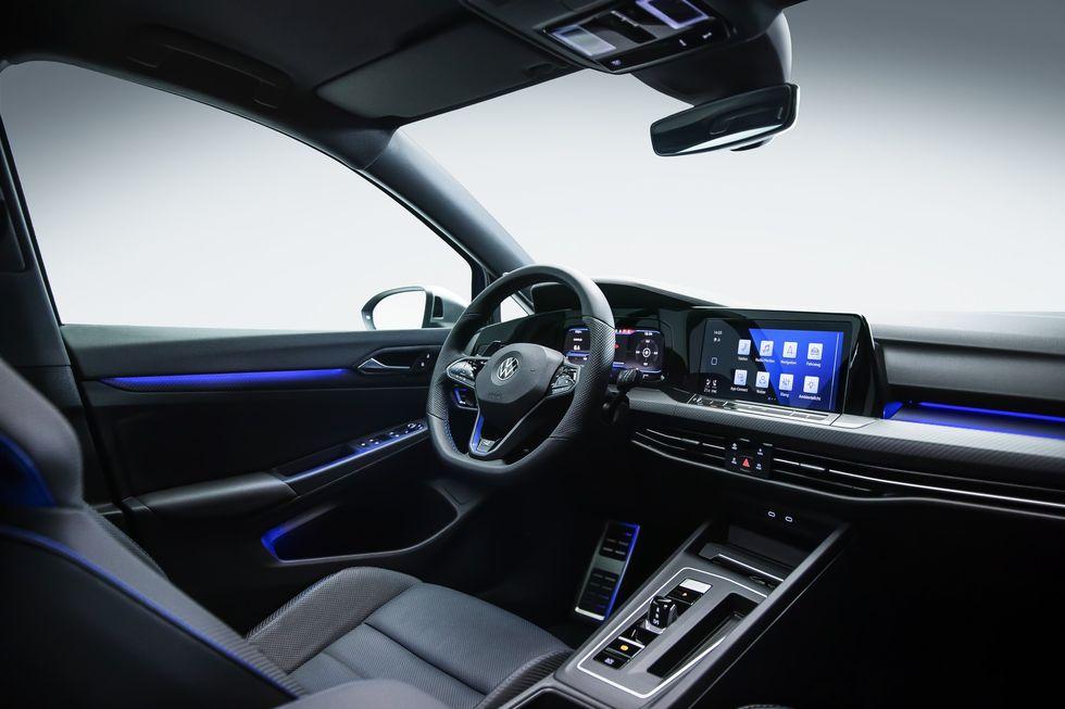 El nuevo Volkswagen Golf R ve la luz con 320 caballos de fuerza y modo drift