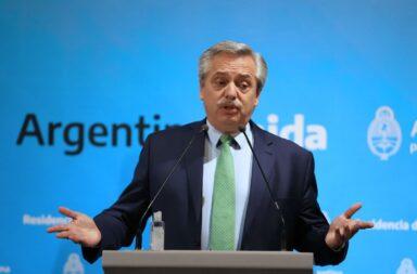 Alberto Fernández: Argentina está entre los 10 países del mundo que iniciaron campaña de vacunación