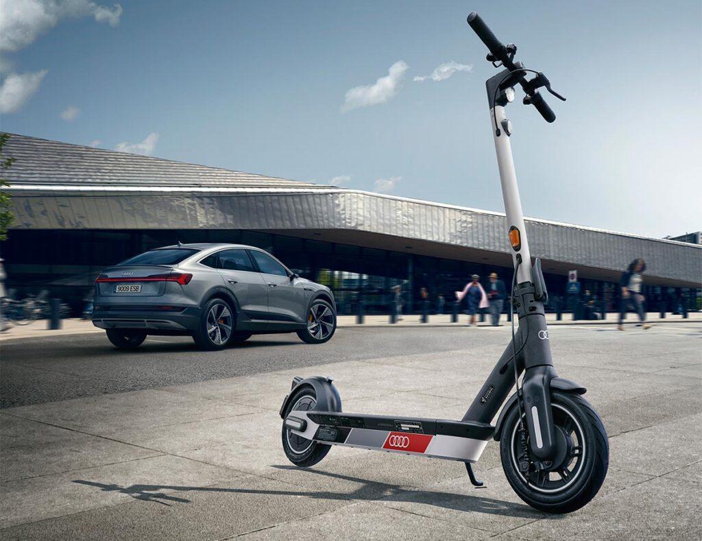 Audi también se suma a la moda de los monopatines eléctricos