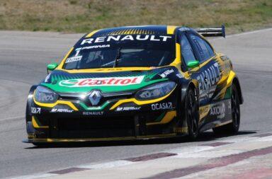 Santero se quedó con la pole y Pernía con la carrera clasificatoria del Súper TC2000 en Río Cuarto