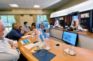 Alberto Fernández le propuso a los gobernadores restringir la circulación de 23 a 6 AM en todo el país