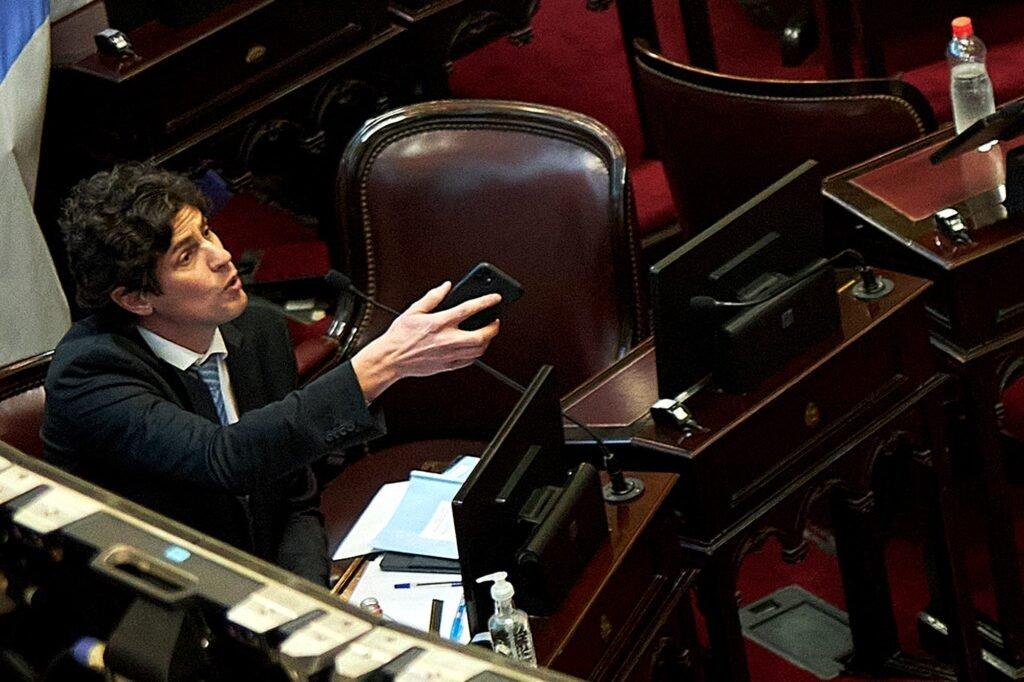 El senador José Mayans defendió la política sanitaria de Gildo Insfrán en Formosa: