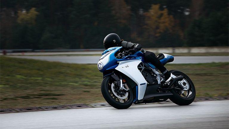 Superveloce: La moto que nació de la unión entre MV Agusta, Alpine y Renault Sport