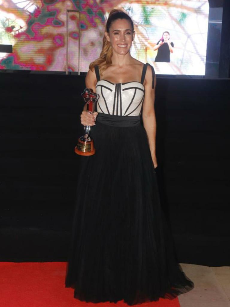Soledad la gran ganadora de los premios Carlos 2021