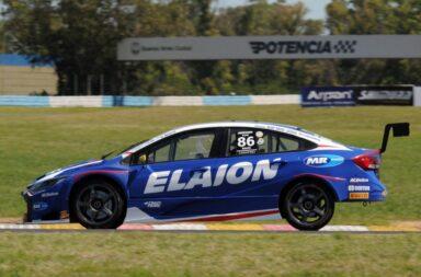 Canapino ganó en Buenos Aires y estiró la definición del campeonato del Super TC2000