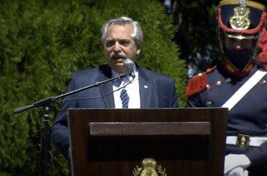 """Alberto Fernández: """"Cuando quieren hacerme claudicar, yo pienso en San Martín"""""""