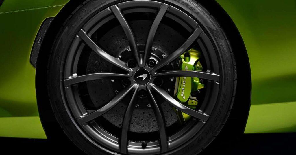 """Los nuevos neumáticos de Pirelli que """"dialogan"""" con el auto"""