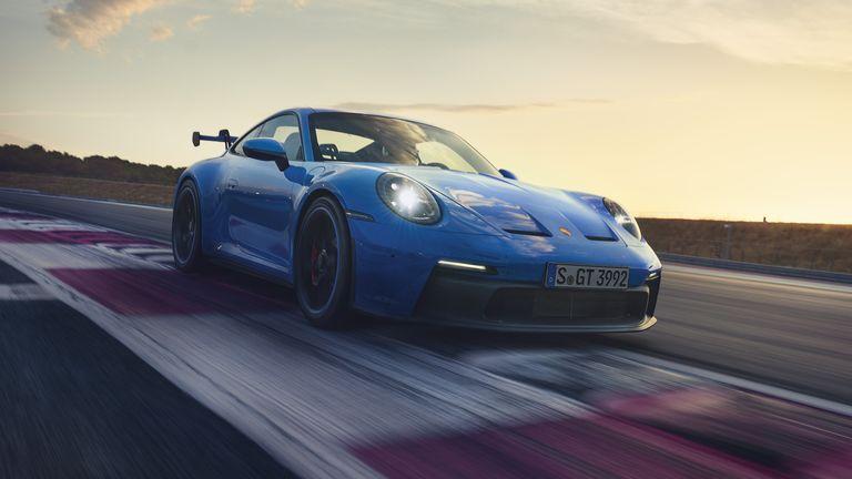 Porsche presentó oficialmente el 911 GT3 que llegará al mercado argentino