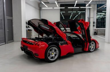 ¿Se volvió loco? Vettel pone a la venta una espectacular colección de deportivos