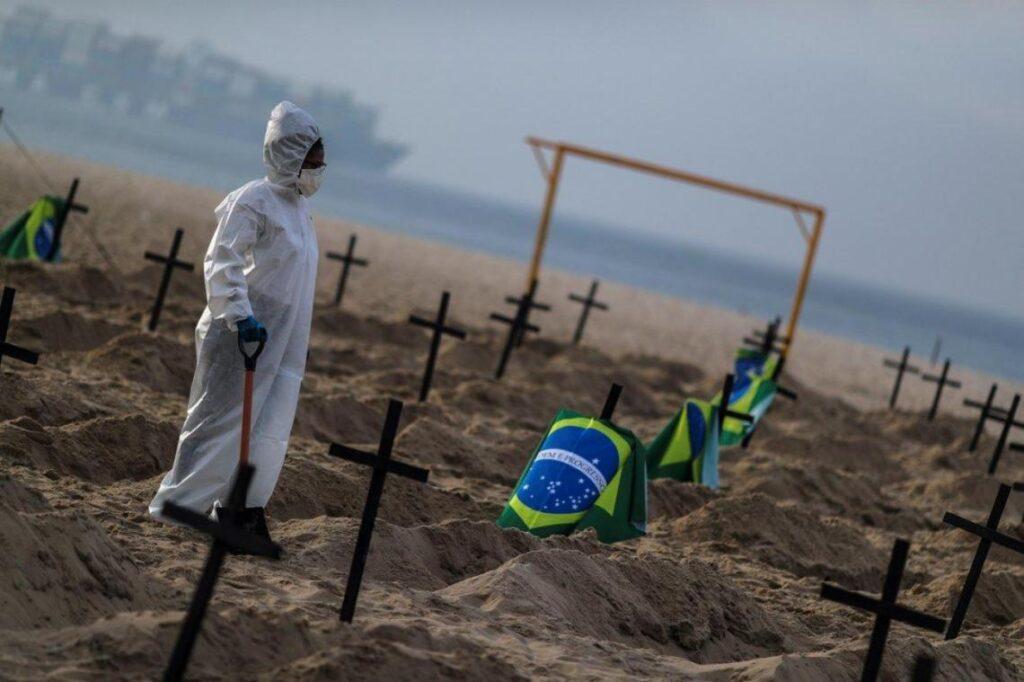 Preocupación en Brasil: tercer día consecutivo con cantidad récord de muertes por COVID-19