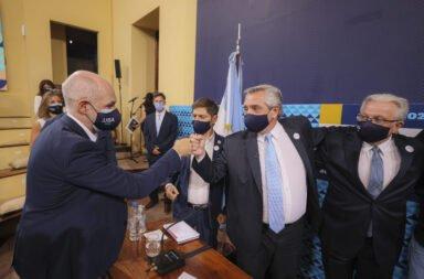 Alberto Fernández, Horacio Rodríguez Larreta y Axel Kicillof, juntos en La UBA