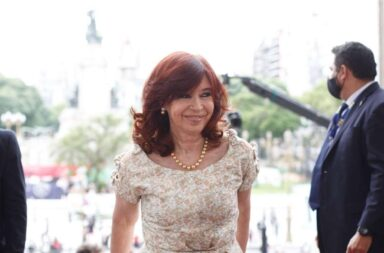 "#8M Cristina Kirchner pidió hoy a los jueces que ""dejen de mirar para otro lado"""