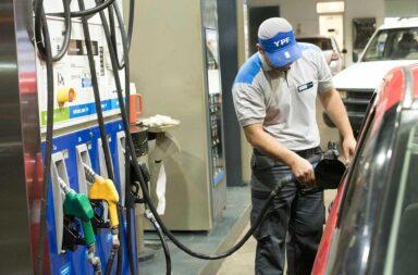 YPF volvió a aumentar las naftas y el gasoil casi un 7%