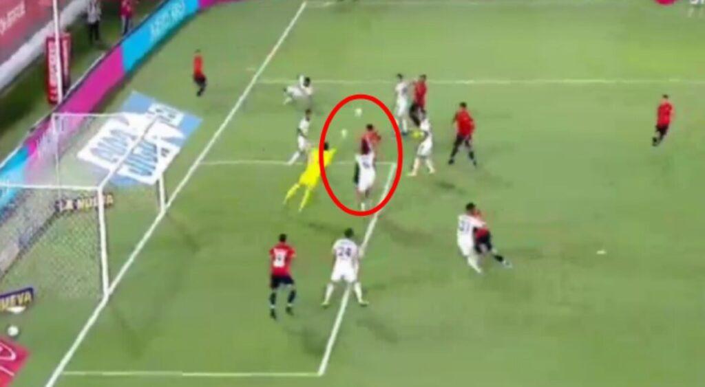 Boca y un empate contra Independiente que no le sirve.