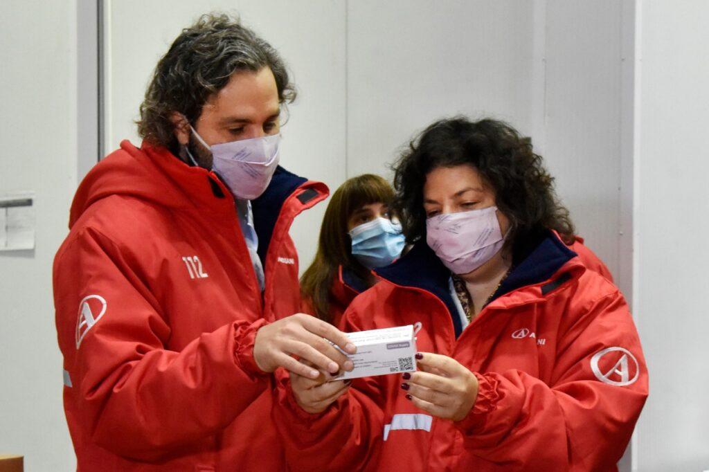 Vacunas: Llegaron al país 864 mil dosis de la vacuna Oxford-AstraZeneca