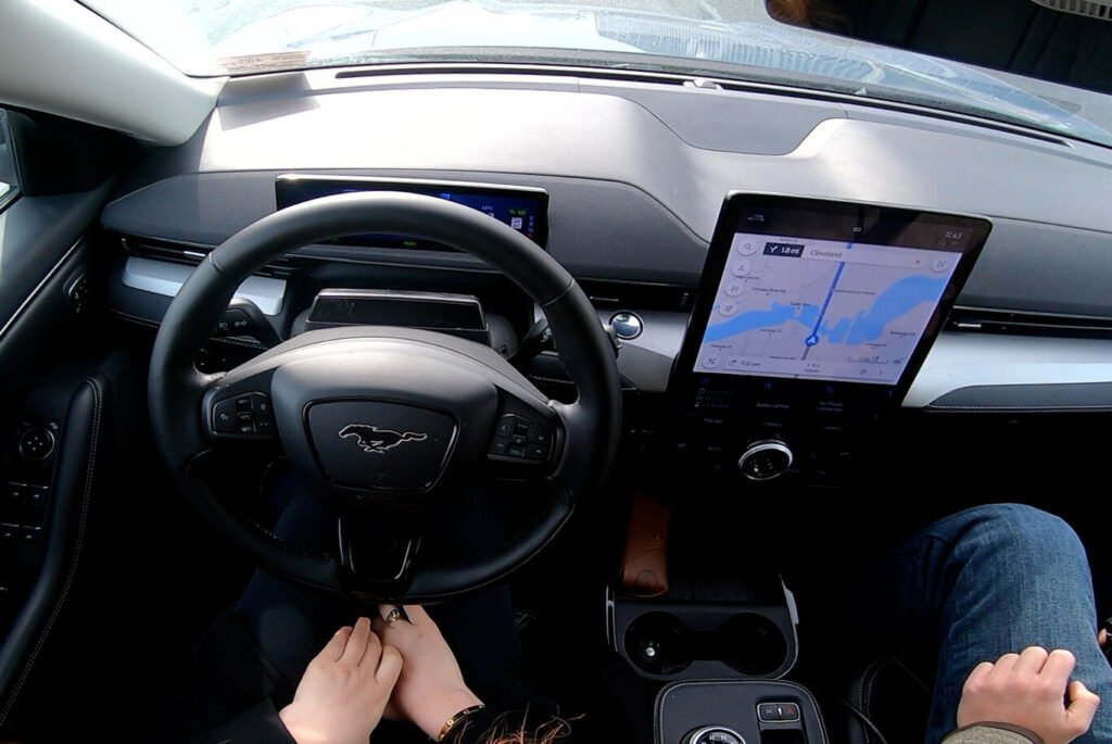 Así es el nuevo nivel de conducción autónoma que presentó Ford