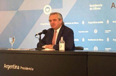 """Cumbre Fernández-Larreta : """" No son medidas antojadizas , ni improvisadas"""", sostuvo el Presidente"""