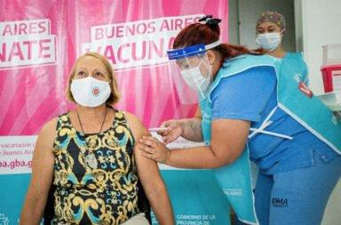 Más de 75 mil porteños se vacunaron en provincia de Buenos Aires utilizando domicilios falsos