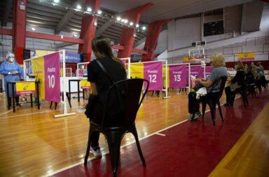 El Gobierno de la ciudad de Buenos Aires habilita la vacunación para mayores de 60 años