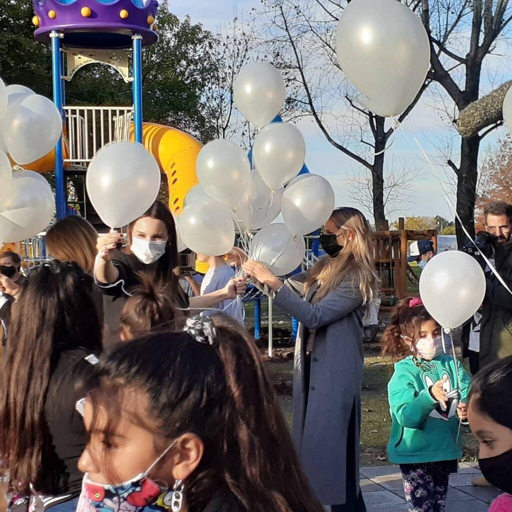 Pampita, emocionada, inauguró una plaza con el nombre de su hija Blanca
