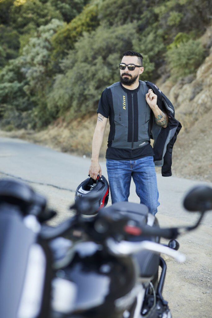 Klim Ai-1: El airbag para motociclistas que se activa mediante suscripción