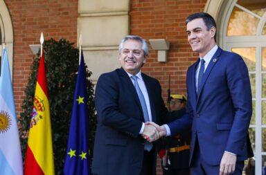 Alberto Fernández confirmó cuando llegan las vacunas de AstraZeneca a Argentina