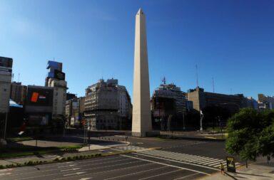 El Gobierno porteño evalúa volver a Fase 1 los fines de semana para evitar los encuentros sociales