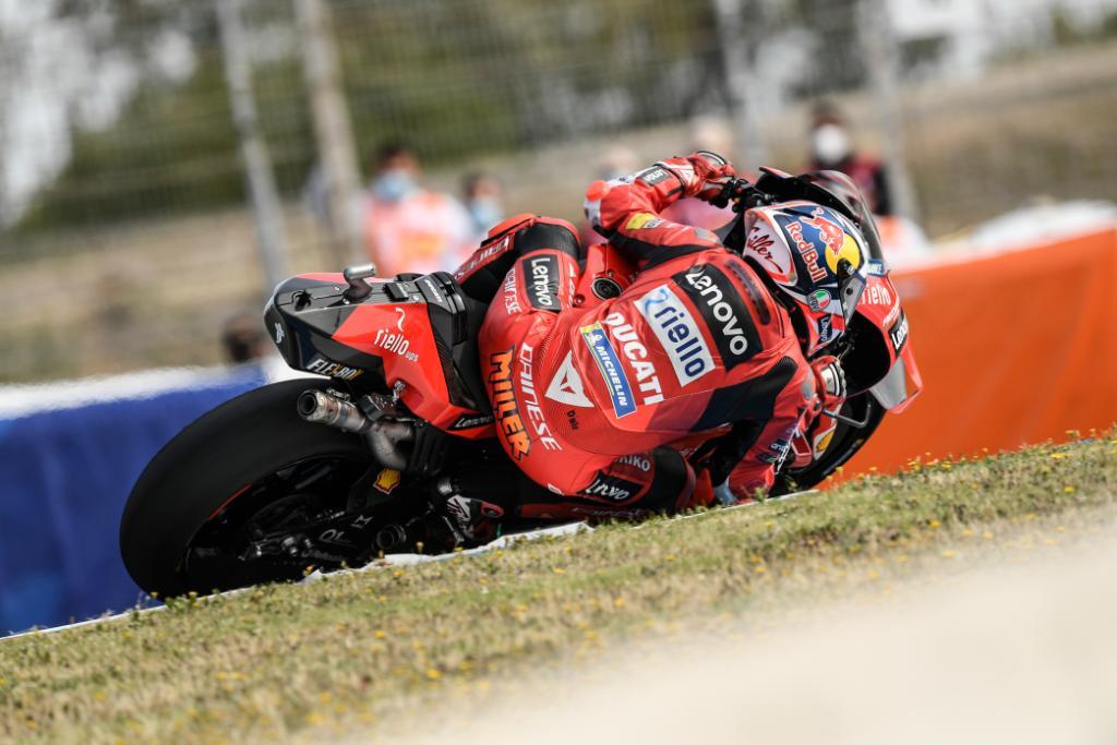 Miller le dio la primera victoria del año a Ducati