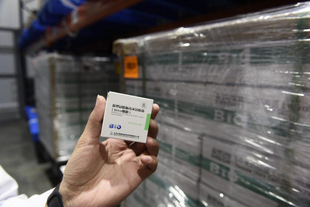 Sinopharm: el fin de semana partirán dos aviones que traerán 2 millones de vacunas de China