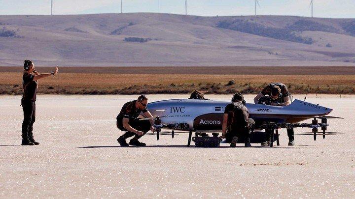 Autos eléctricos y voladores ¿Las carreras y movilidad del futuro?