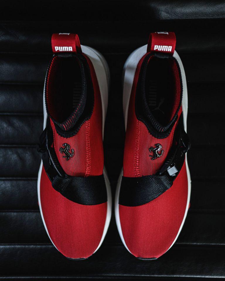 Puma y Ferrari lanzan unas nuevas zapatillas inspiradas en la SF90 Stradale