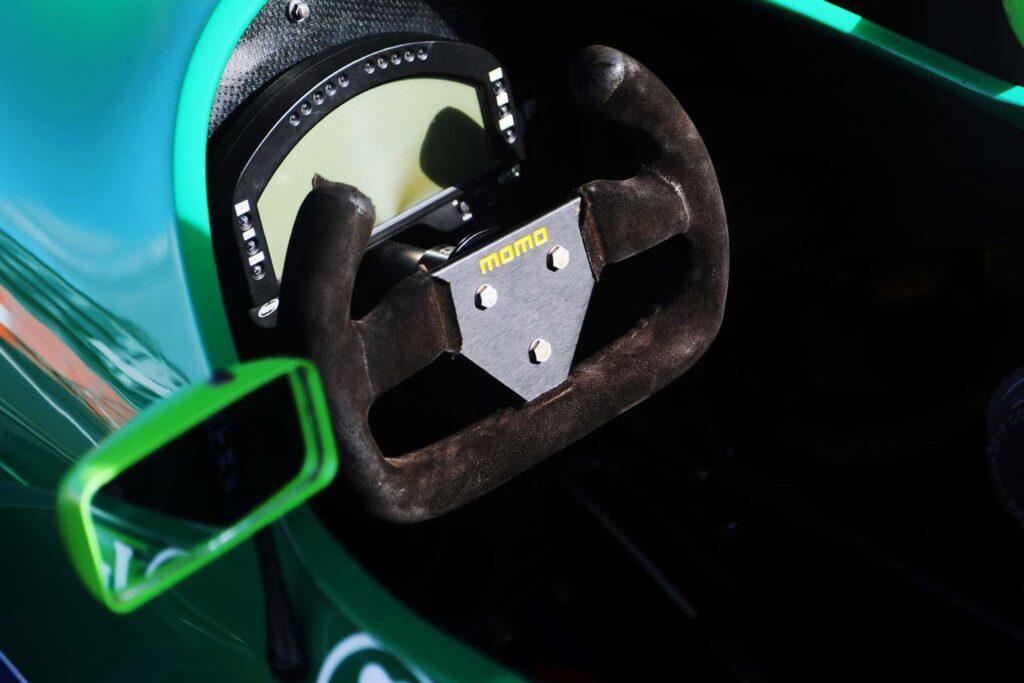 El monoplaza con el que debutó Michael Schumacher en F1 está a la venta