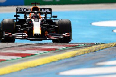 Verstappen volvió a dar el golpe y se llevó el triunfo en la casa de Red Bull