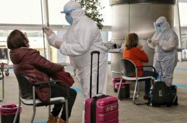 Córdoba: 13 casos positivos de coronavirus con la variante Delta por contacto con una persona que regresó de viaje
