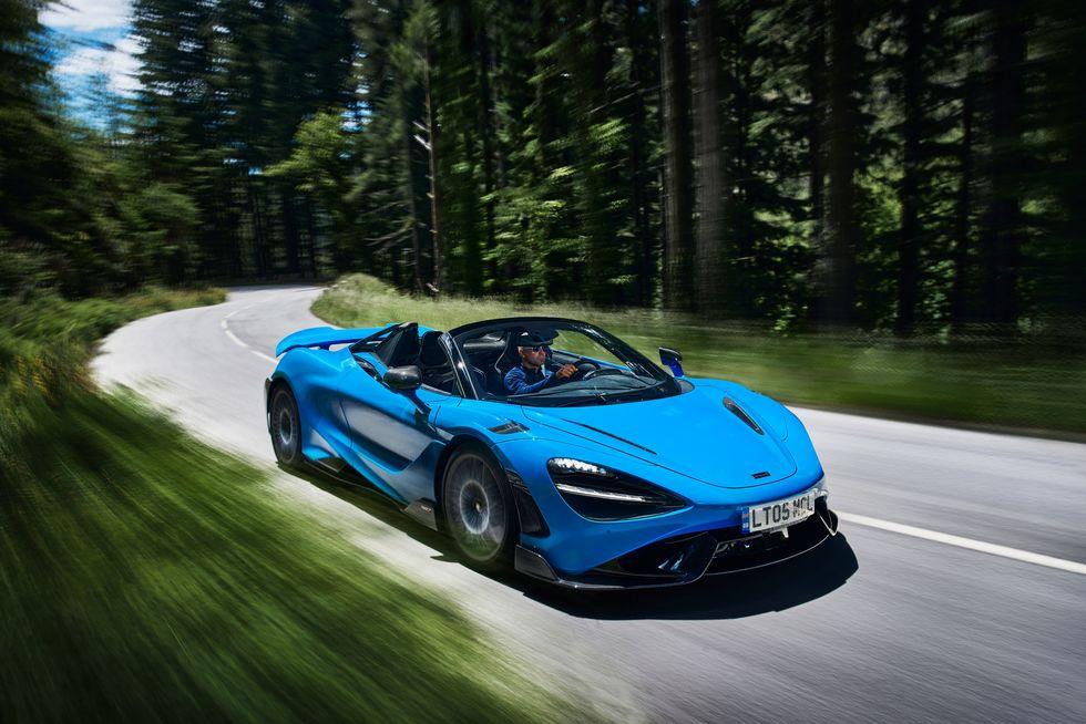 McLaren lanzó su descapotable más potente: el 765LT Spider