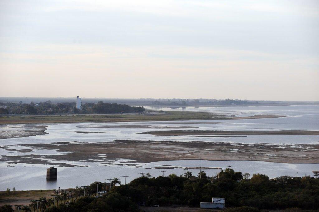 Sequía histórica en el río Paraná: la bajante récord lleva más de 730 días y estiman que continuará hasta diciembre