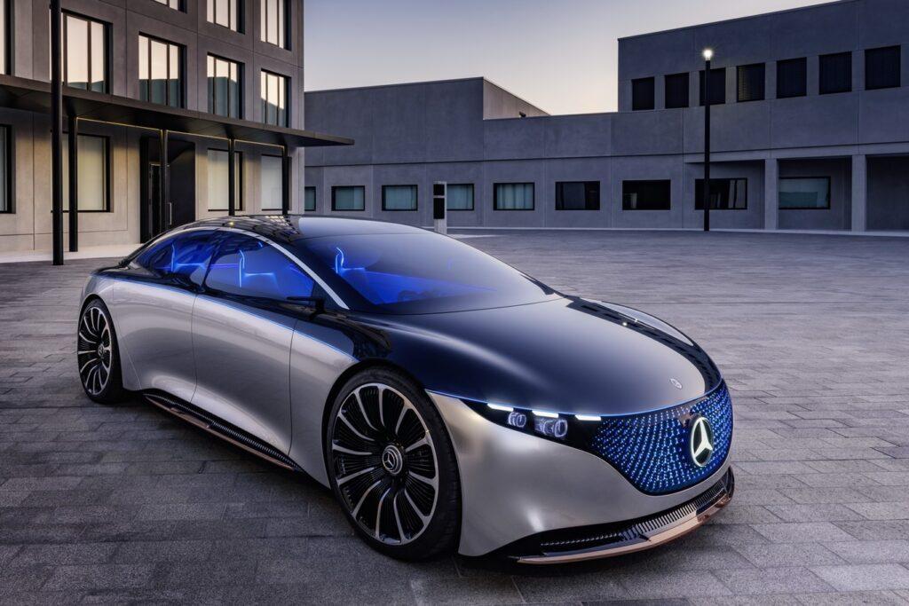 Mercedes Benz anunció que para el 2030 sólo venderá autos eléctricos
