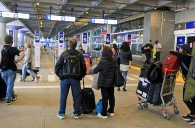 Varados: El Gobierno amplió el cupo de argentinos que podrán ingresar al país