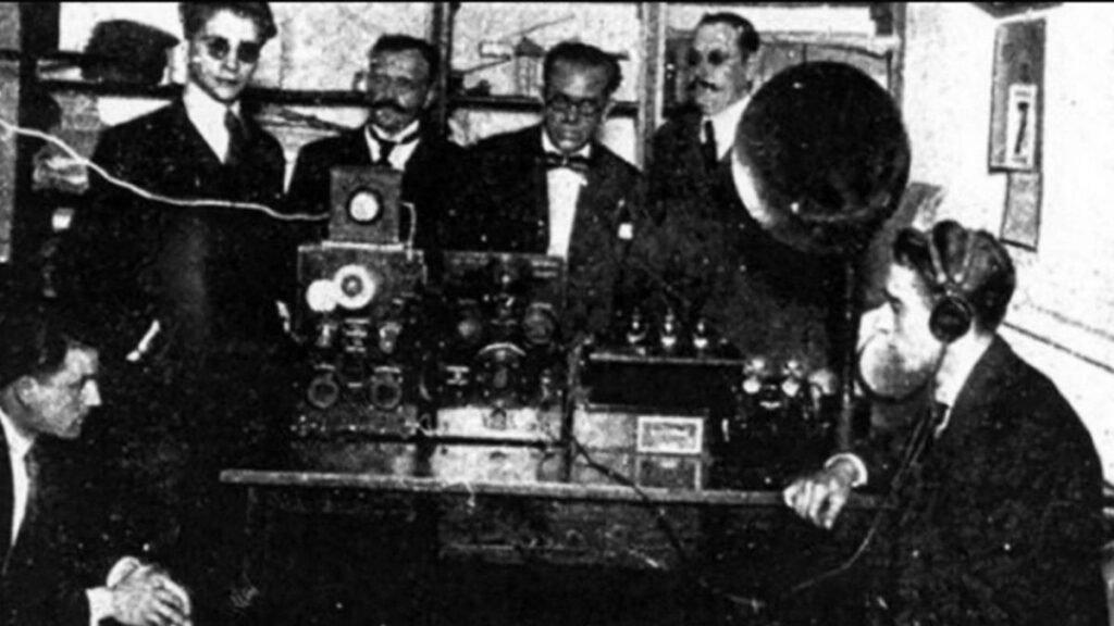 101 años de la radio
