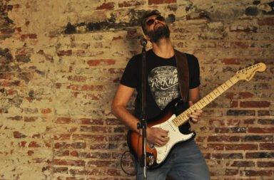 Maxi Feroleto presenta su nueva canción: 'Bajo esta piel'