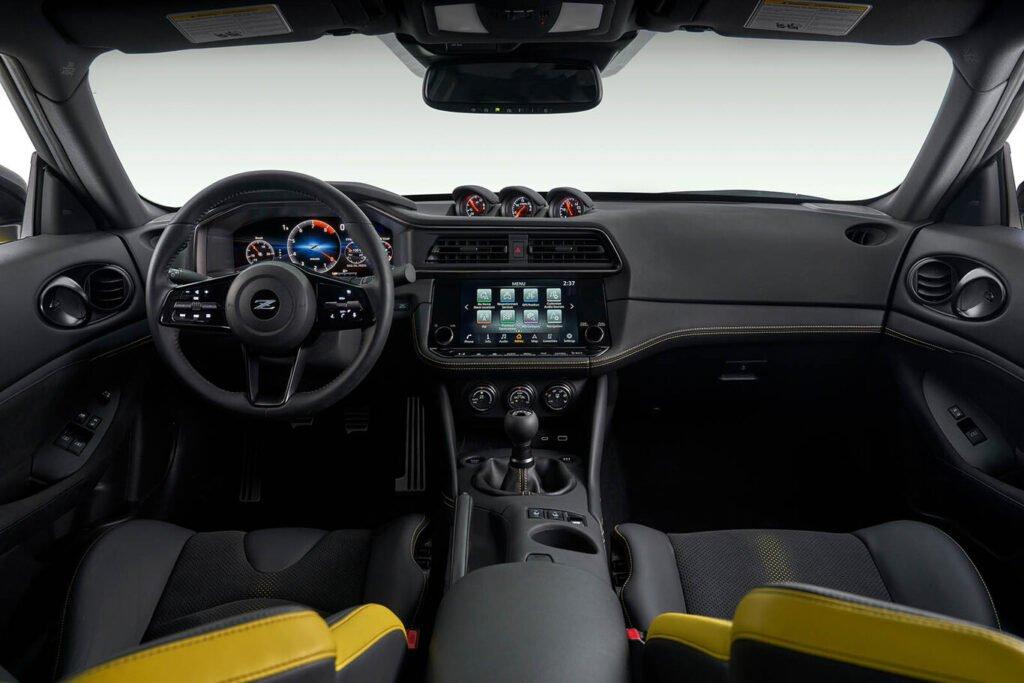 Nissan Z: un auténtico deportivo con tracción trasera y caja manual ¿Llegará a Argentina?