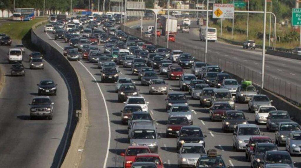 Un estudio develó que Argentina está entre los países con el parque automotor más longevo