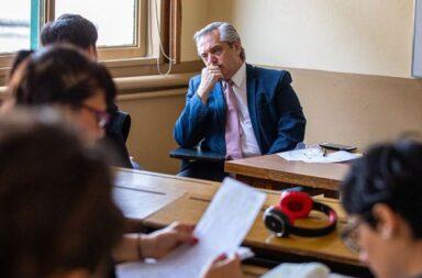 Alberto fernández y su mirada sobre el caso de la docente K suspendida