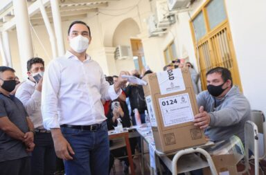 Valdez va por la reelección en Corrientes