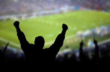 Carla Vizzoti hablo sobre el regreso del público a las canchas de fútbol
