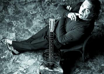 Sale disco de Pappo con el recital de Cosquín Rock 2005