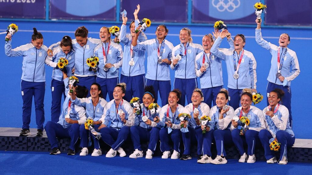 Las Leonas son medalla plateada