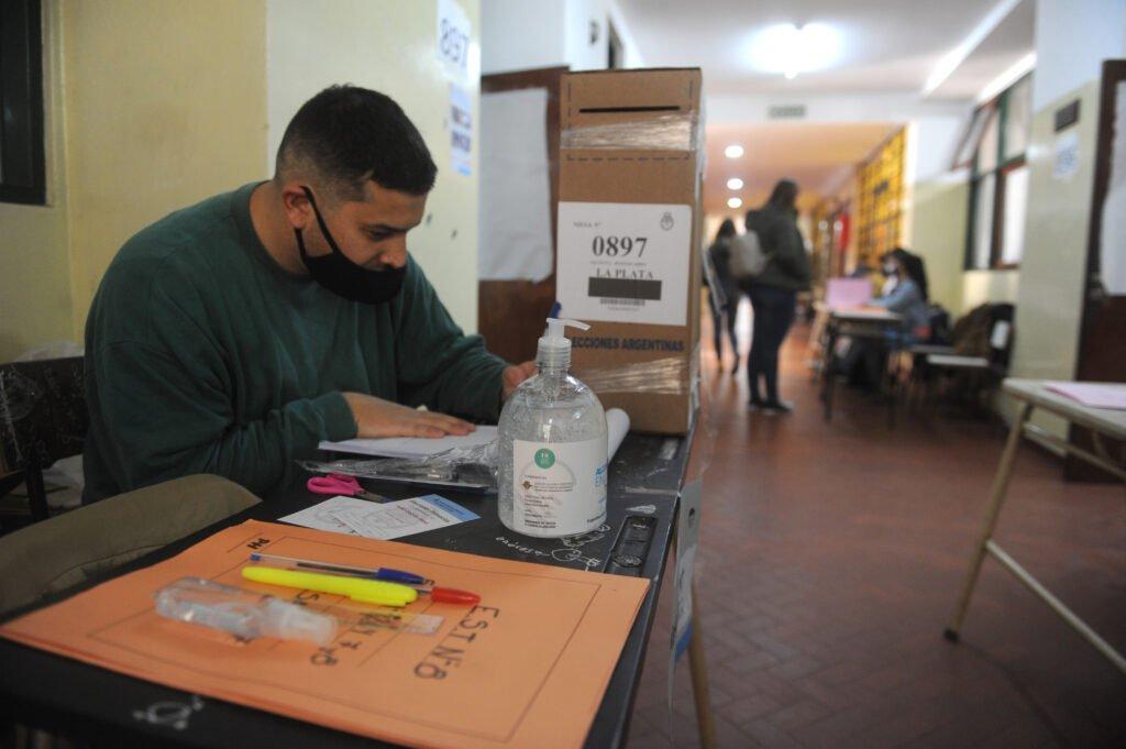 PASO 2021: ya votó cerca del 25% del padrón