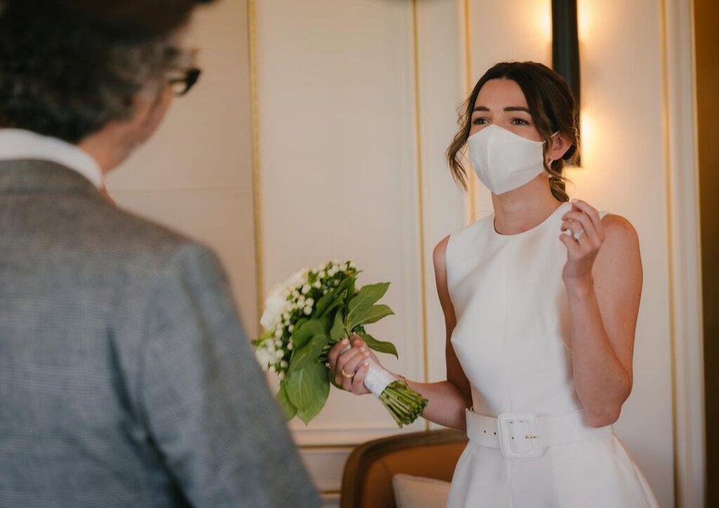 El descargo de Micaela Breque después de su casamiento con James Rhodes