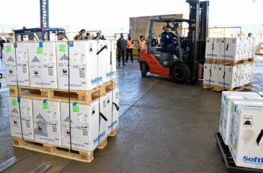 Llegaron más de 160 mil dosis de Pfizer y se esperan 820 mil de AstraZeneca
